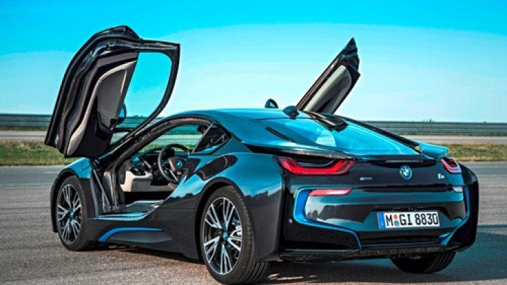 BMW i8'ler Haziran'dan İtibaren İlk Müşterilerine Teslim Edildi.