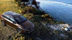 Volvo Cars Yeni V60 Cross Country'i Sunar