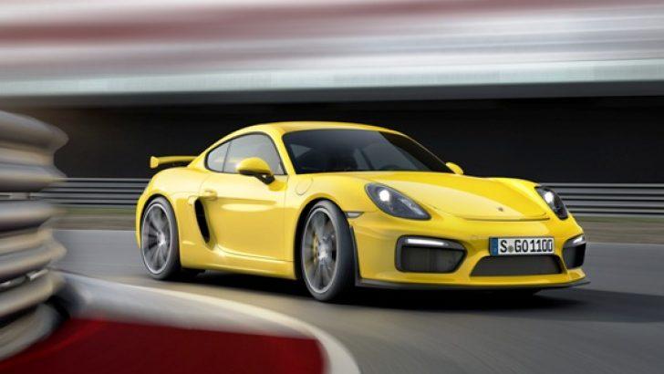 Hem pistler, hem günlük kullanım için bir yarışçı Porsche 911 GT3 RS