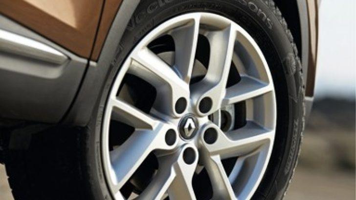 Renault KADJAR, Goodyear Vector 4Seasons Lastiklerini Tercih Ediyor.