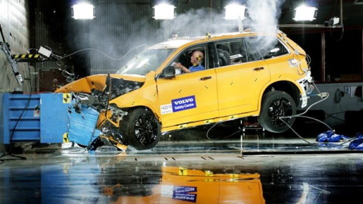 "Yeni Volvo XC90, IIHS'den""Top SafetyPick+"" skorunu aldı"