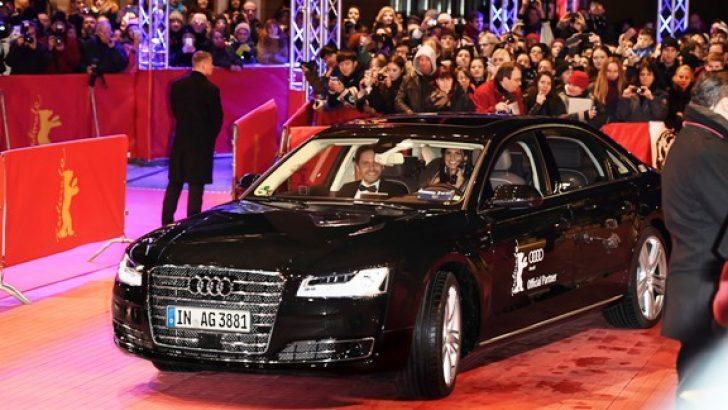Daniel Bruhl, Sürücüsüz Audi A8 ile galaya geldi.