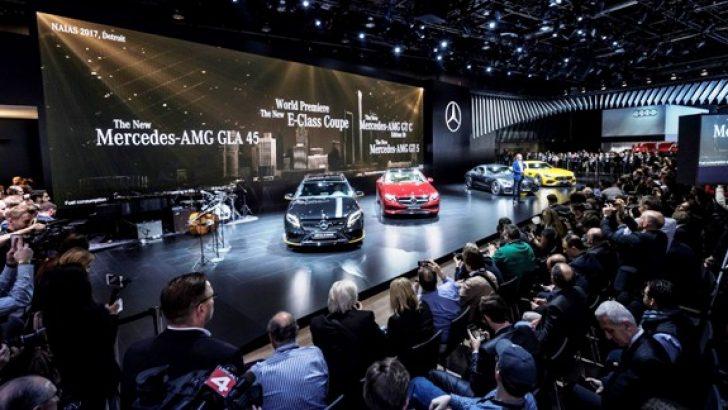 Mercedes-Benz 2017 Detroit Otomobil Fuarı'nda yeni modellerini tanıtıyor