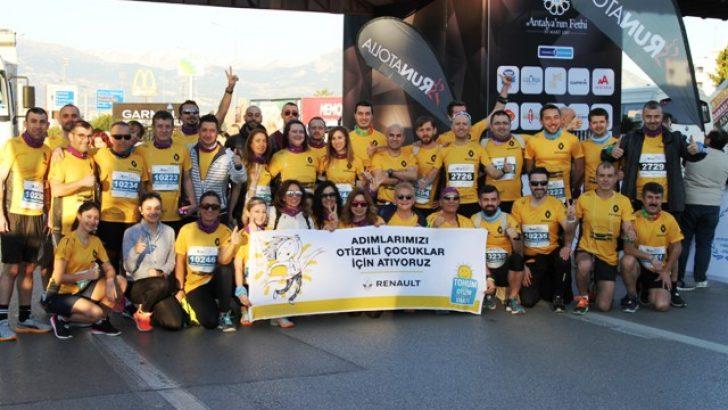 Oyak Renault Çalışanları 'İyilik Peşinde' Koşuyor