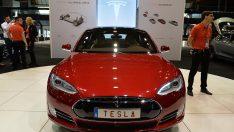 Tesla ABD'nin en değerli otomotiv firması oldu