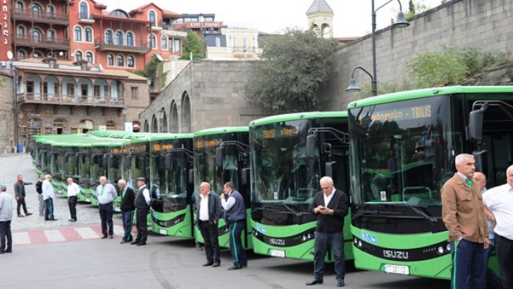 Anadolu Isuzu kendi segmentinde Türk otomotiv tarihinin en büyük midibüs ihracatını gerçekleştirdi