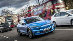 Ford, yıl sonunda Avrupa'da 14 elektrikli, 2021 sonunda 18 elektrikli modeli olacağını söyledi.