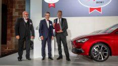 """SEAT Leon """"2021 Avrupa'da Satın Alınabilecek En İyi Otomobil"""" ödülünü aldı"""